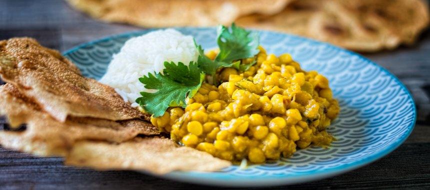 Fruchtig-scharfes Curry mit Chana Dal und Mango