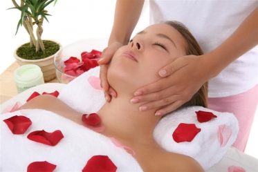 35 Discount Valentine Treatment Invigorating Body Massage