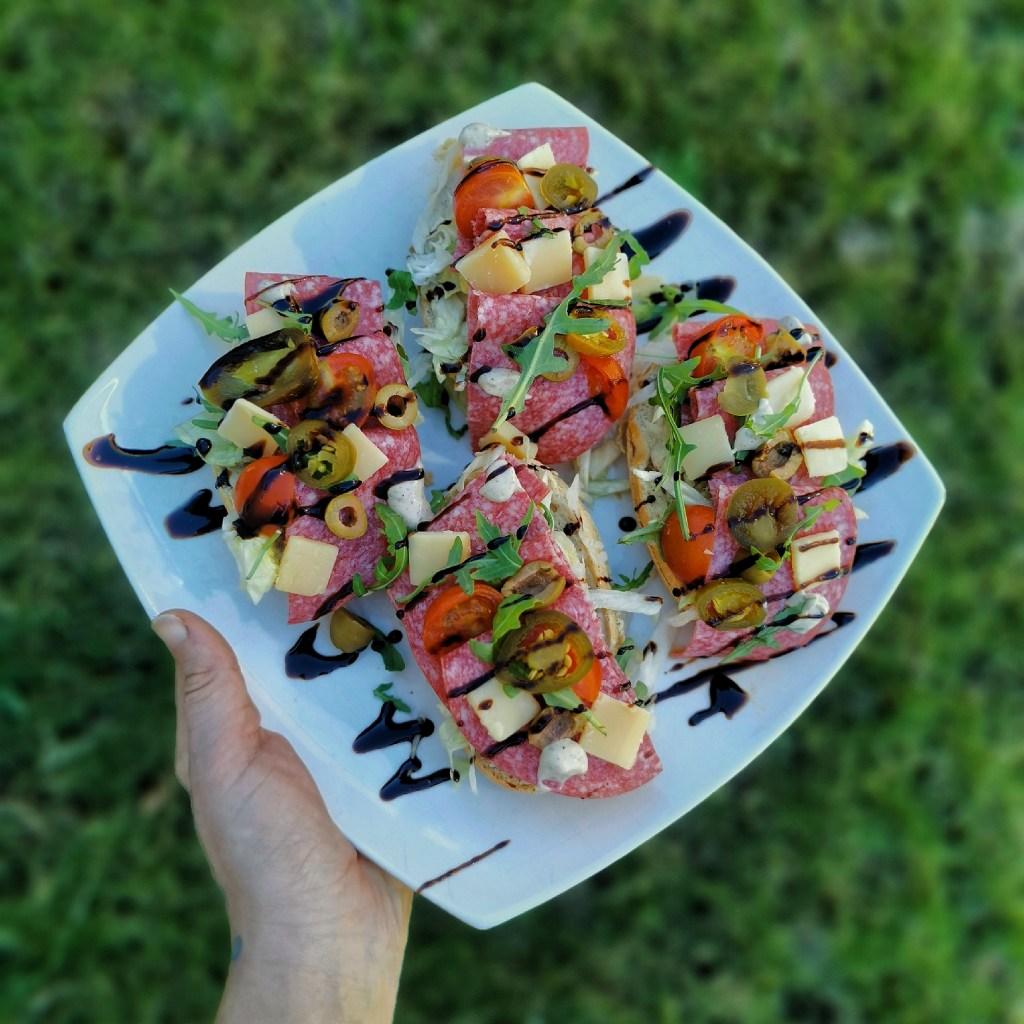 Pain d'ardenne luxe broodjes salami italiaanse recept togoodtobefood luxe ontbijt luxe lunch makkelijk snel betaalbaar