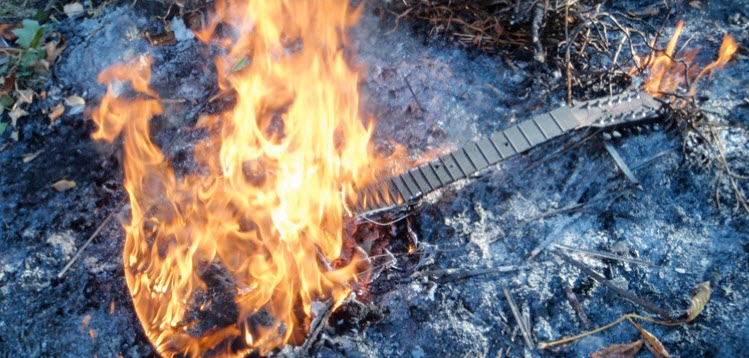 burned_guitar