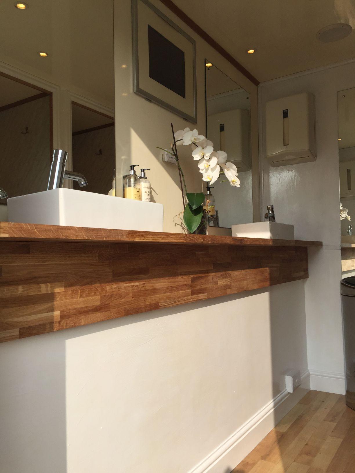 Luxury Toilets To Let | Luxury Portable Toilet & Loo Hire