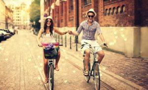Συντροφικές σχέσεις: Πόσο κοντά σε αντέχω;