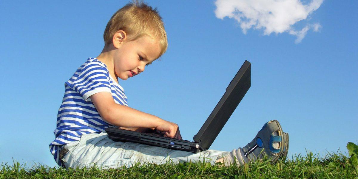 «Ψηφιακή ηρωίνη» Πώς οι οθόνες μεταμορφώνουν τα παιδιά μας σε ψυχωτικούς τοξικομανείς