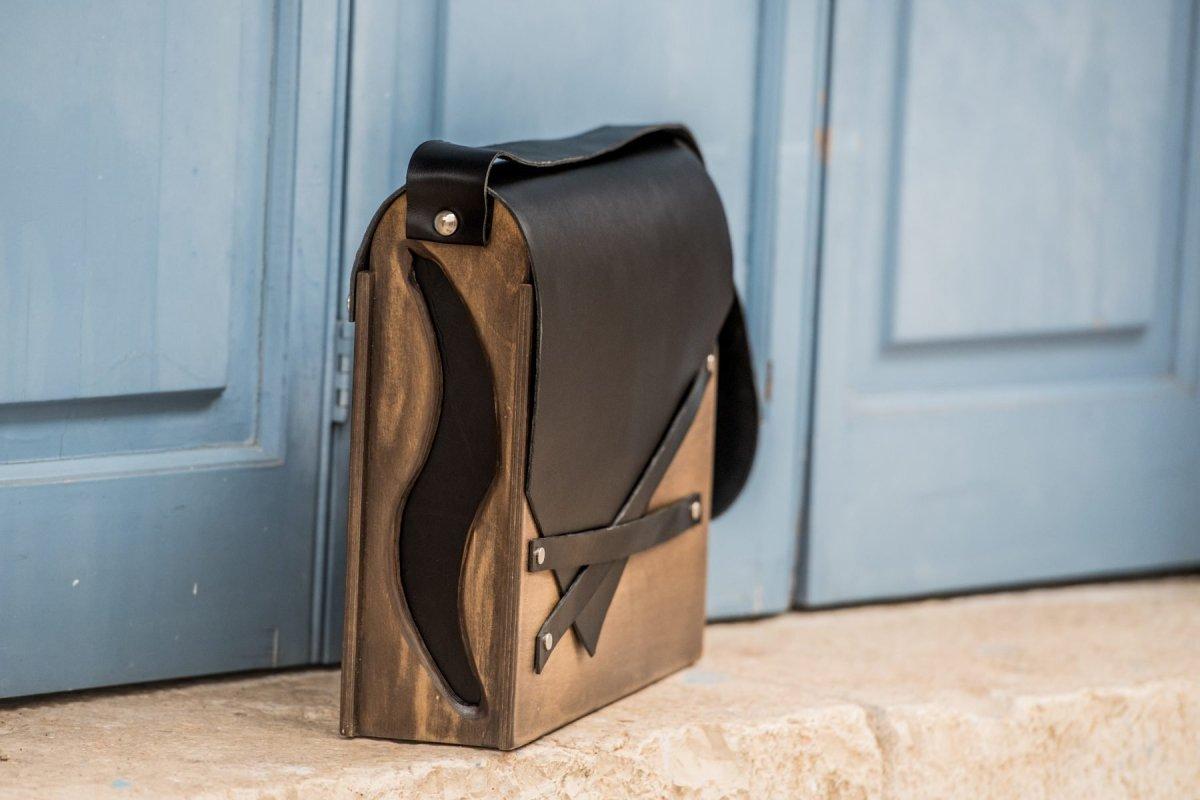 Οι ξύλινες τσάντες που θα δώσουν στιλ στις καθημερινές σου εμφανίσεις