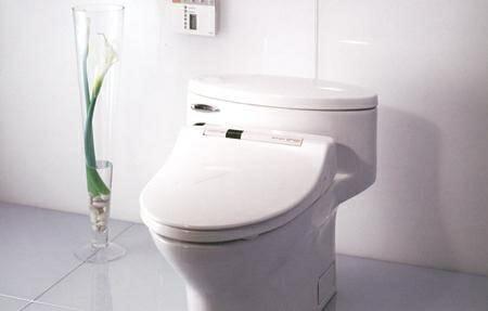 トイレ交換は専門業者に頼んだ方がいい理由