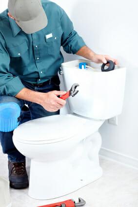 トイレつまりの直し方 / PROが直す方法