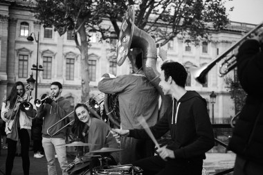 Ulični glasbeniki, ont des Arts, Pariz