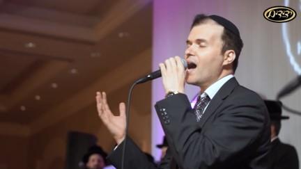 אוהד מושקוביץ ומקהלת ידידים - מתפללים