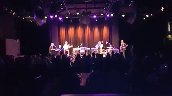 אהרן רזאל בהופעה - מה עשית היום