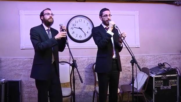 צפו: האחים פרידמן בהופעה ווקאלית