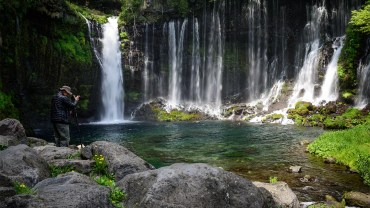 Shiraito falls_featured