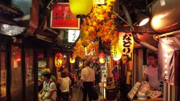 Walking around Shinjuku by night