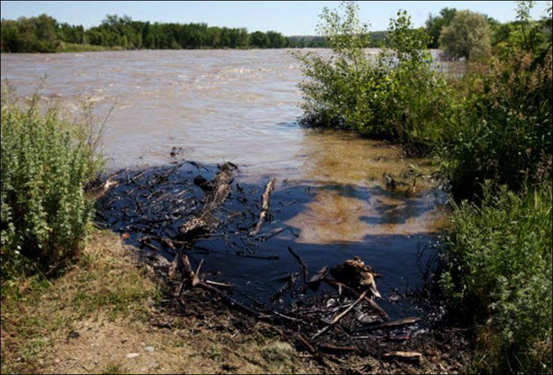 https://i2.wp.com/www.toledoblade.com/image/2011/07/02/800x_b1_cCM_z_cT/ExxonMobil-oil-spill-Montana-07-02-2011.jpg