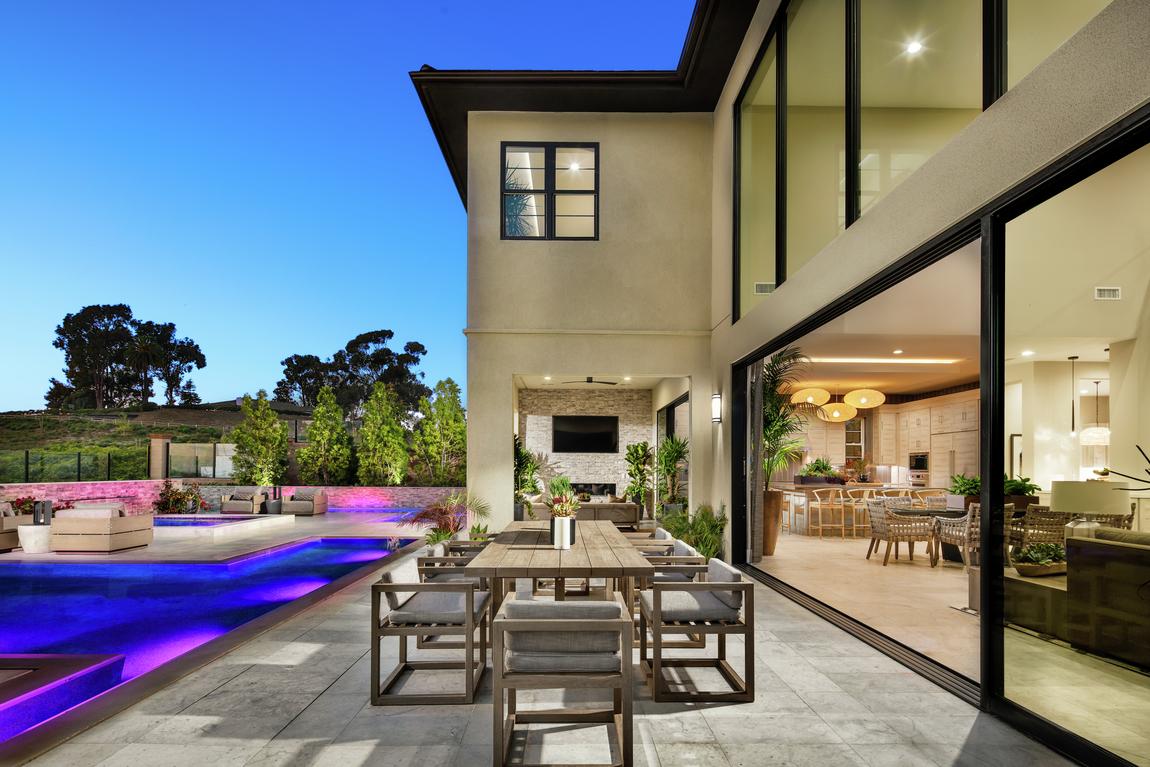 indoor outdoor living space ideas to