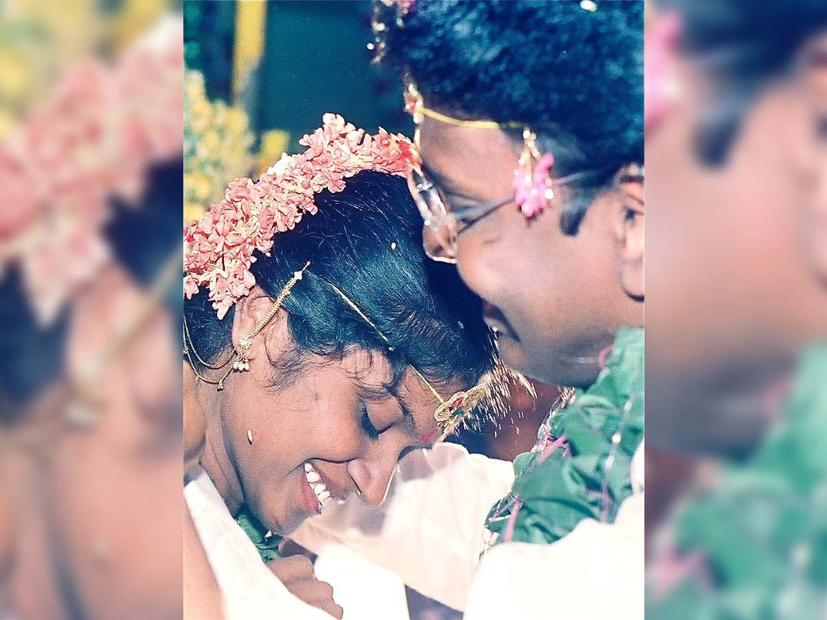 Gunasekhar shares his wedding pic with Rigini