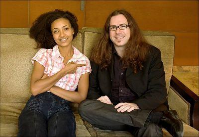 Esperanza Spalding y Arturo Mora. Foto: Sergio Cabanillas.