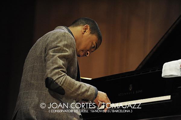 01_CHRISTIAN McBRIDE Trio (©Joan Cortès)_16nov13_Conservatori del Liceu_45FIJazz_Bcn