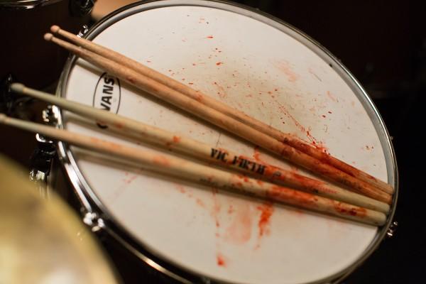 """Aprendiendo a tocar la batería como """"Rocky"""" Balboa"""