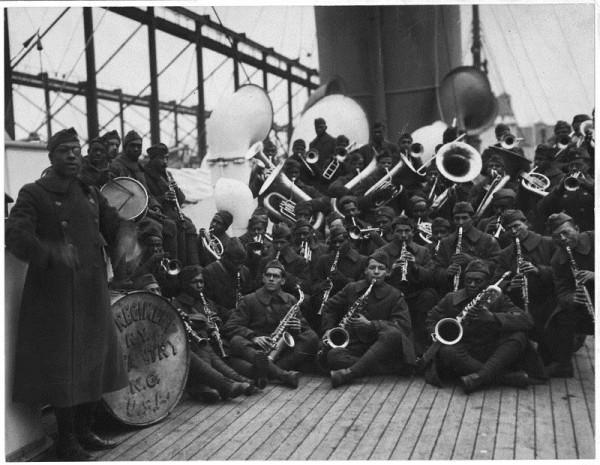 Los Harlem Hell Fighters viajando entre dos continentes.
