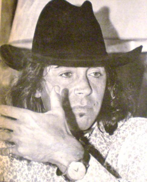 De Desconocido - revista Gente y la actualidad, Año 6 número 235, enero 1970, Buenos Aires, Dominio público, https://commons.wikimedia.org/w/index.php?curid=4460927