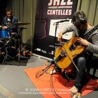INSTANTZZ: Paolo Angeli & Oriol Roca (4rt Cicle de duets de Jazz i Músiques Improvisades, Escenari del Casal Francesc Macià, Centelles -Barcelona-. 2016-04-24)