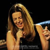 INSTANTZZ: Mariola Membrives –Enamorada- (Cafè del Teatre Escorxador, Jazz Tardor XXIV Festival de Jazz de Lleida, Lleida. 2017-11-11) [Galería fotográfica]