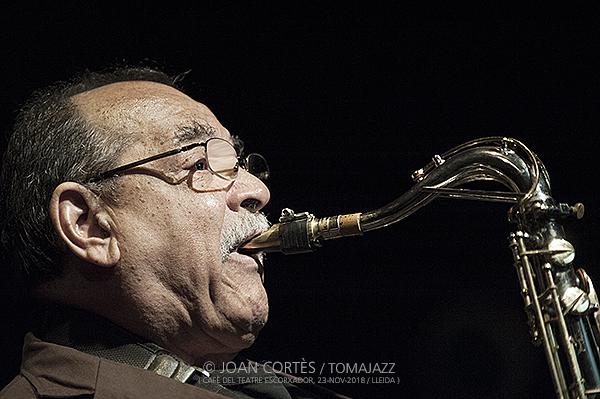 INSTANTZZ: Ernie Watts Quartet  (Cafè del Teatre, Jazz Tardor XXV Festival de Jazz Lleida / Lleida.  2018-11-23) [Galería Fotográfica]
