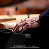 INSTANTZZ: Agustí Fernández, Sarah Claman & Àlex Reviriego (MontMusic Festival / La Quadra, Santa Maria de Palautordera -Barcelona-.  2020-10-18) [Galería fotográfica AKA Fotoblog de jazz, impro... y algo más] Por Joan Cortès