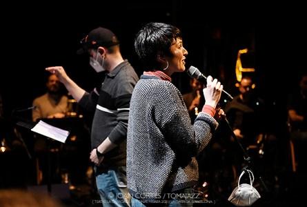 """INSTANTZZ:  Anna Roig & Àlex Cassanyes Big Band Project """"La tendresse -Hommage aux belles chansons-"""" (Teatre La Garriga El Patronat, La Garriga -Barcelona-. 2021-04-21) [Galería fotográfica AKA Fotoblog de jazz, impro… y algo más] Por Joan Cortès"""