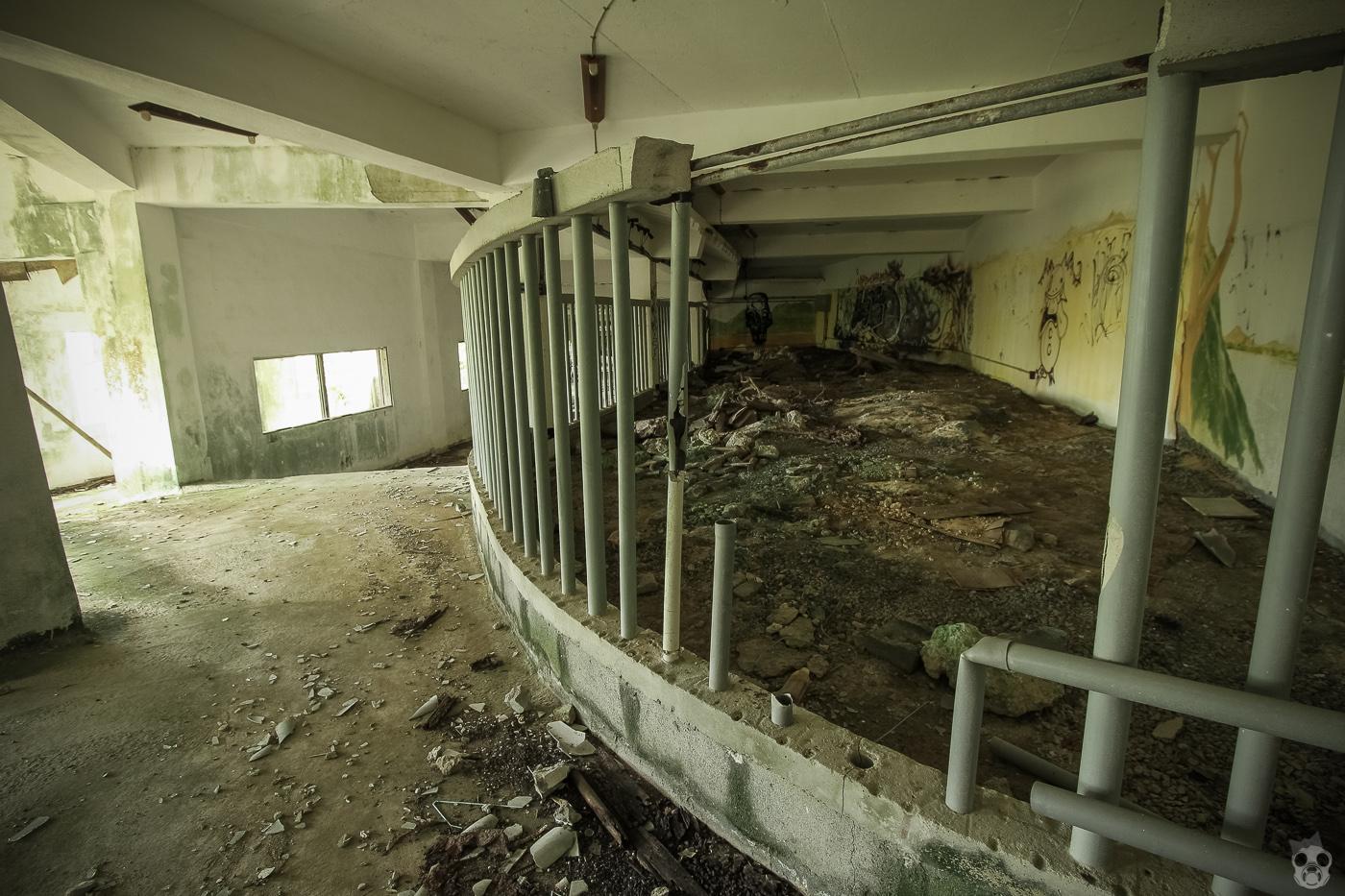 abandoned_castle28