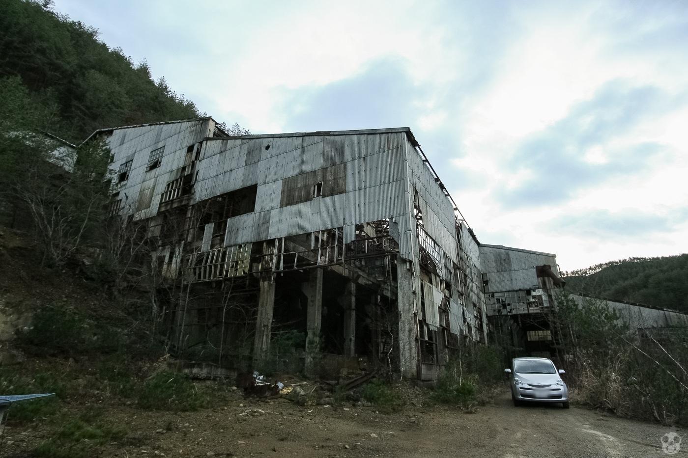 abandoned_taromine16