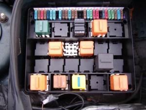 Bmw E34 Fuse Box Removal  Wiring Diagram