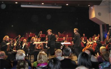 Taking a bow at the premiere of 'Solvitrambulando' by Lancashire Sinfonietta, March 2012