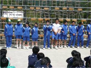 体育大会結団式3
