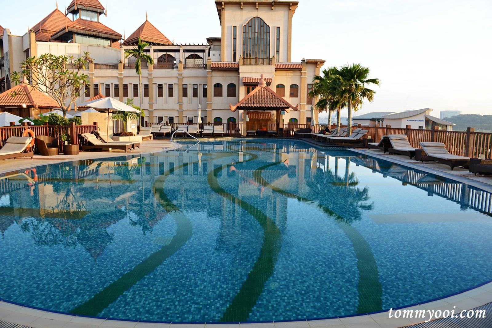 Pullman Putrajaya Lakeside Hotel Tommy Ooi Travel Guide