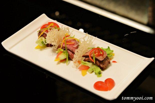 Plum Fine Dining, Cape Sienna Phuket Hotel & Villas