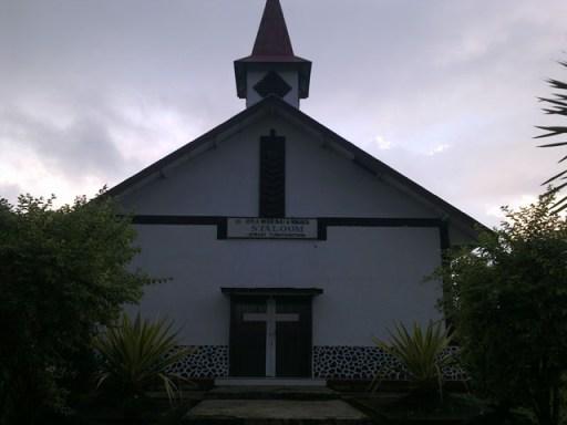 """Gereja Tua """"SYALOM"""" Tumatangtang"""