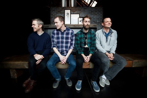"American Football, ascolta ""Silhouettes"""