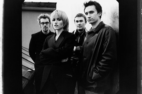 "The Cranberries, ascolta ""All Over Now"""