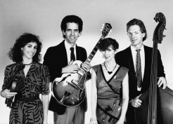 Avalon Swing - Gilda, Shelley, Erik Kleven, and Granny's guitar