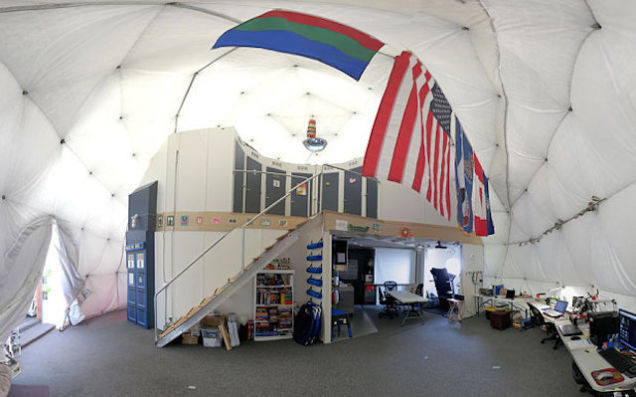 L'interno della base