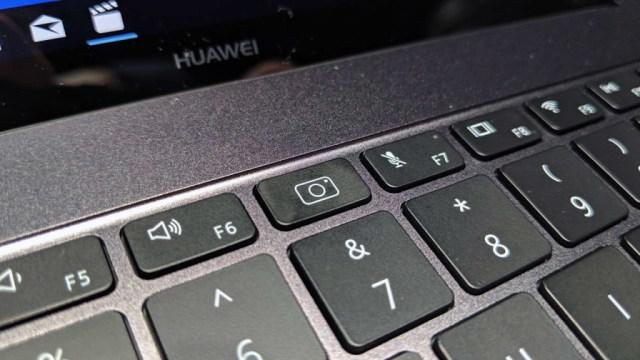 mvimg-20180225-152733-1d8d7ea24ae6ac37794c69bfc744cdef6 Huawei MateBook X Pro-это действительно красиво!