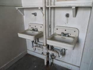 The Depot - Bathroom Sinks_1024