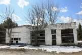 abandoned-gas-station-2