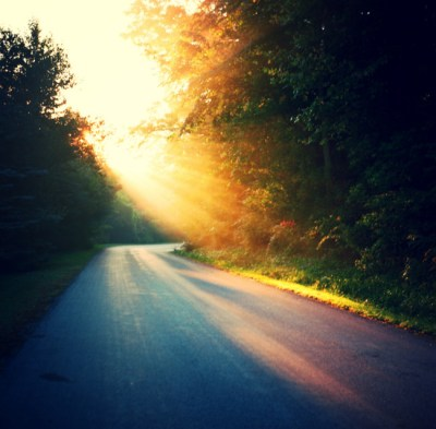 early-morning-sunrise-on-school-house-road
