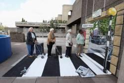 22052013: Abbey Road Anziani alla posta
