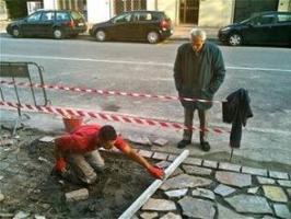 140220_Anziani_che_controllano_cantiere