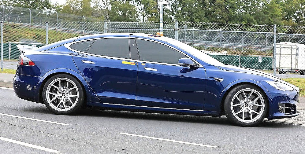 Tesla Model S may have beaten Porsche Taycan by 20 seconds of Nürburgring Nordschliffe