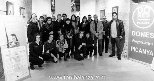 Foto de grupo de la inauguración en Picanya