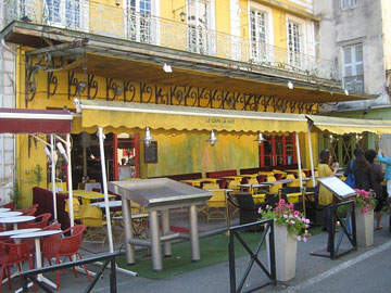 Van Gogh's café (Café La Nuit)